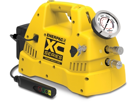 XC1502TE%2C%20Cordless%20Hydraulic%20Torque%20Wrench%20Pump%2C%202%2C0%20litres%20Usable%20Oil%2C%202%20Batteries%20and%20230V%20Charger%20Included